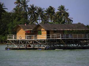 瑟魯馬潘帕迪馬斯度假村(Serumpun Padi Mas Resort Bintan Island)