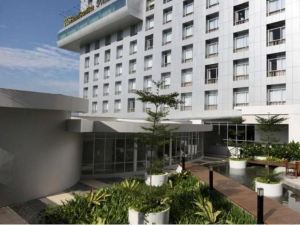 棉蘭S山蒂卡首映酒店及會議(Santika Premiere Dyandra Hotel & Convention – Medan)