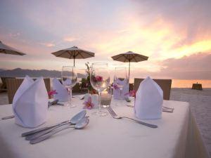 天堂奧姆巴克酒店(Hotel Ombak Paradise)