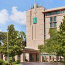 坦帕-佛羅里達大學-博世花園尊盛酒店(Embassy Suites Tampa-USF-Near Busch Gardens)