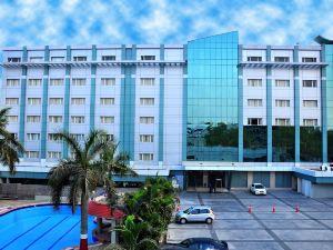 瑪納薩羅瓦爾費恩酒店