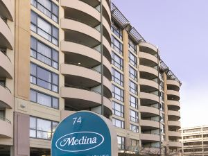 堪培拉詹姆斯閣梅迪納公寓酒店(Medina Serviced Apartments Canberra James Court)