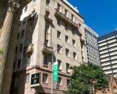 ULTIQA羅斯伯裏公寓