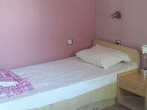 Comfort Guest Rooms