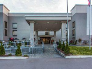 納什維爾機場品質酒店