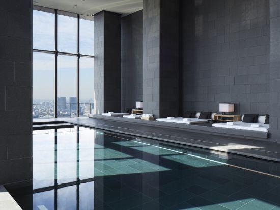 東京安縵(Aman Tokyo)室內游泳池