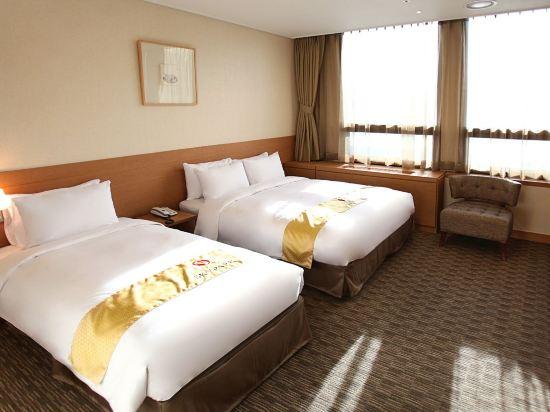 天空花園酒店明洞中心店(Hotel Skypark Central Myeongdong)豪華雙床房