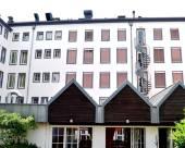 阿爾貝加阿波斯特爾十二酒店