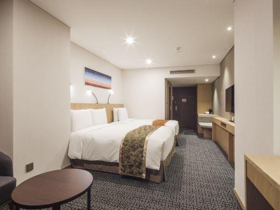 首爾帝馬克豪華酒店明洞(Tmark Grand Hotel Myeongdong)連通家庭雙床房