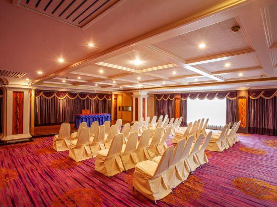 花築·芭堤雅海豚灣酒店(Floral Hotel · Dolphin Circle Pattaya)會議室