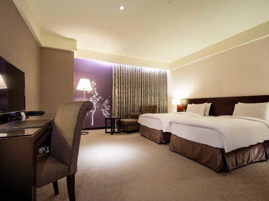 台中來來商旅(Lai Lai Hotel)高級雙床房(無窗)