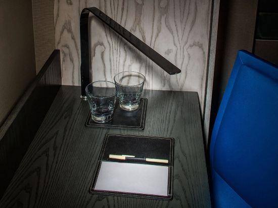 紐約時代廣場西希爾頓逸林酒店(Doubletree by Hilton New York Times Square West)城景特大床房