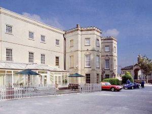 阿諾斯莊園酒店(Arnos Manor Hotel)