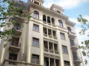 塞萬提斯埃斯普蘭多酒店(Esplendor Cervantes)