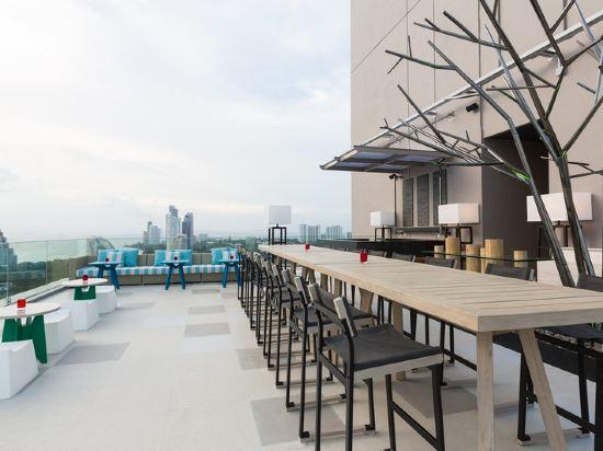 芭堤雅假日酒店(Holiday Inn Pattaya)餐廳