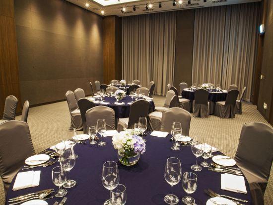 首爾南大門輝盛坊國際公寓(Fraser Place Namdaemun)會議室