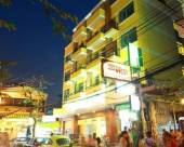 曼谷薩庫豪斯酒店