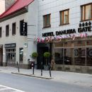 單努比阿門酒店(Danubia Gate)