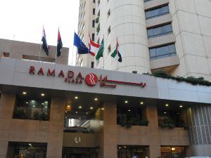貝魯特鴿子巖華美達廣場酒店(Ramada Plaza Beirut Raouche)