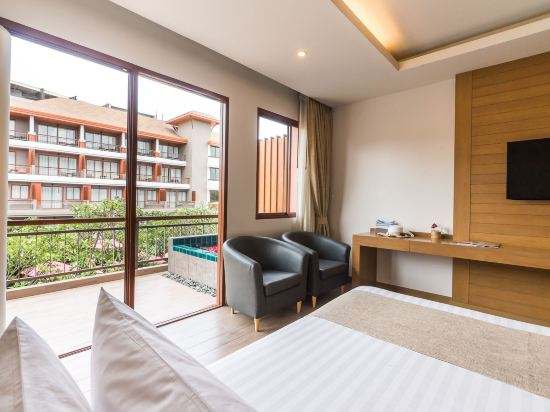 艾瑞斯華欣酒店(Ayrest Hua Hin Hotel)至尊豪華(帶按摩浴缸)