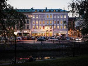弗洛拉酒店(Hotel Flora)