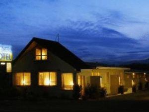 柳岸汽車旅館(Willowbank Motel)