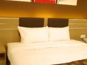 GM假日酒店(GM Holiday Hotel)