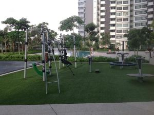 新山聖特羅佩假日公寓(Holiday Condo Tropez Residences Johor Bahru)