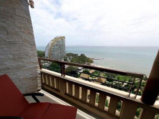 盛泰瀾幻影海灘度假村(Centara Grand Mirage Beach Resort Pattaya)幻影俱樂部套房