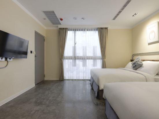 台中莿桐花文創微旅(Napas Hotel)標準四人房
