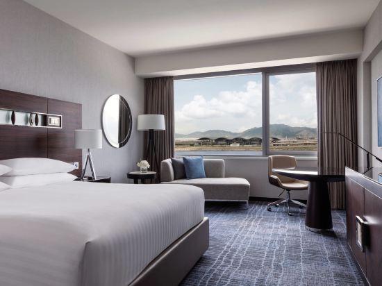 香港天際萬豪酒店(Hong Kong SkyCity Marriott Hotel)行政海景客房