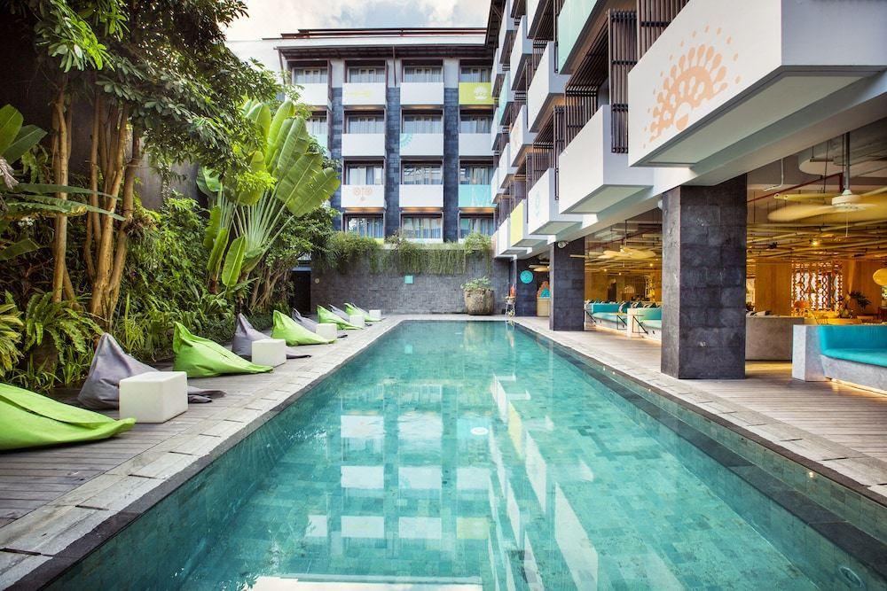 Tijili Seminyak Hotel Reviews And Room Rates