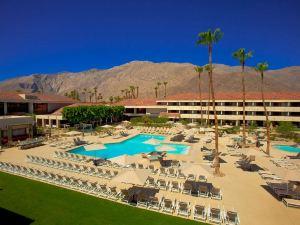棕櫚泉希爾頓酒店(Hilton Palm Springs)