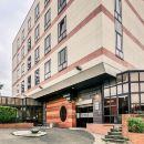 塞爾吉蓬圖瓦茲中心美爵酒店(Mercure Cergy Pontoise Centre)