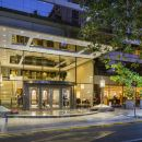 埃布羅河森林廣場酒店