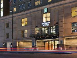巴爾的摩內港大使套房酒店
