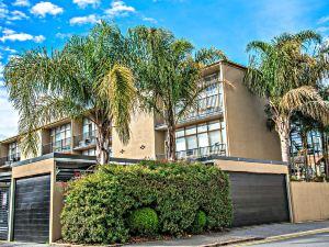 阿德萊德臻善閣公寓 - 沃德街(Adelaide DressCircle Apartment – Ward St.)