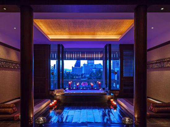 曼谷半島酒店(The Peninsula Bangkok)室內游泳池
