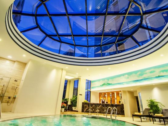 輝煌酒店(Brilliant Hotel)室內游泳池
