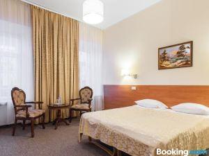 西爾維婭旅館