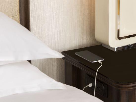 温哥華喜來登華爾中心酒店(Sheraton Vancouver Wall Centre)俱樂部精緻套房