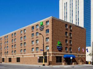 明尼阿波利斯市中心- 會議中心智選假日酒店&套房(Holiday Inn Express Hotel & Suites Minneapolis-Downtown Convention Center)