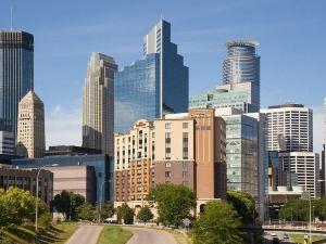 明尼阿波利斯市區希爾頓花園旅館(Hilton Garden Inn Minneapolis Downtown)
