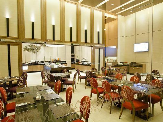 隆齊中間點大酒店(Grande Centre Point Hotel Ploenchit)餐廳