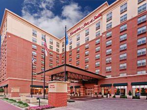 俄克拉何馬城布里克歡朋套房酒店