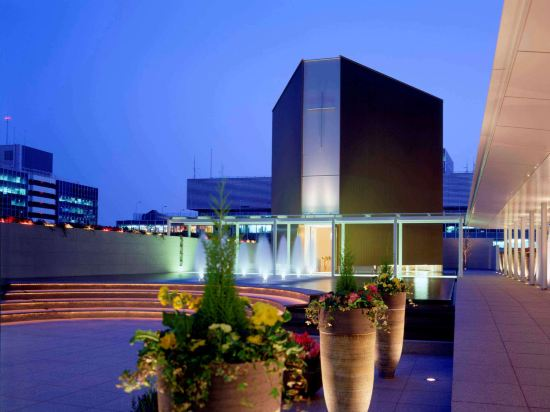大阪希爾頓酒店(Hilton Osaka Hotel)外觀