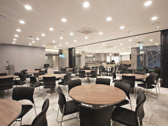 GnB酒店(GNB Hotel)餐廳