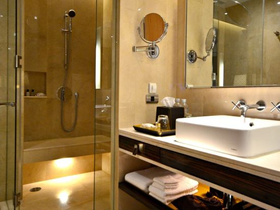 曼谷拉差阿帕森購物區萬麗酒店(Renaissance Bangkok Ratchaprasong Hotel)R發現房
