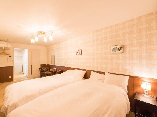 花築·京都青楓(Floral Green Maple House)尊貴雙床房(額外加床)