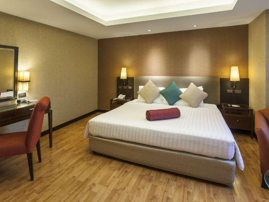 曼谷瑞博朗德酒店(Rembrandt Hotel Bangkok)兩卧室至尊套房